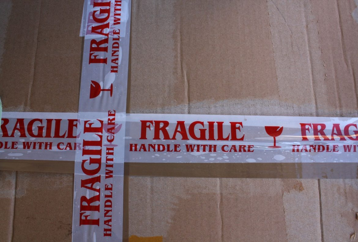 How To Keep Fragile Items Safe During a Move